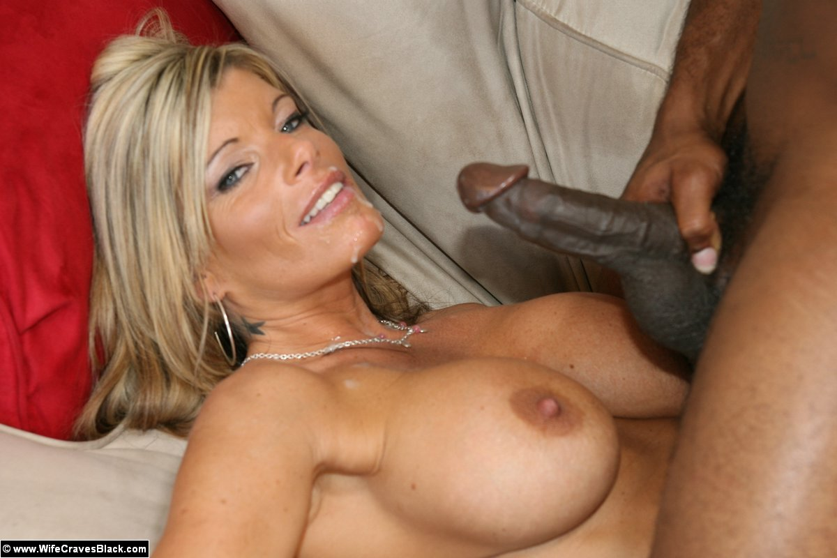 Nasty housewife kristal summers is fond of being oiled, drilled and creamed by her lover