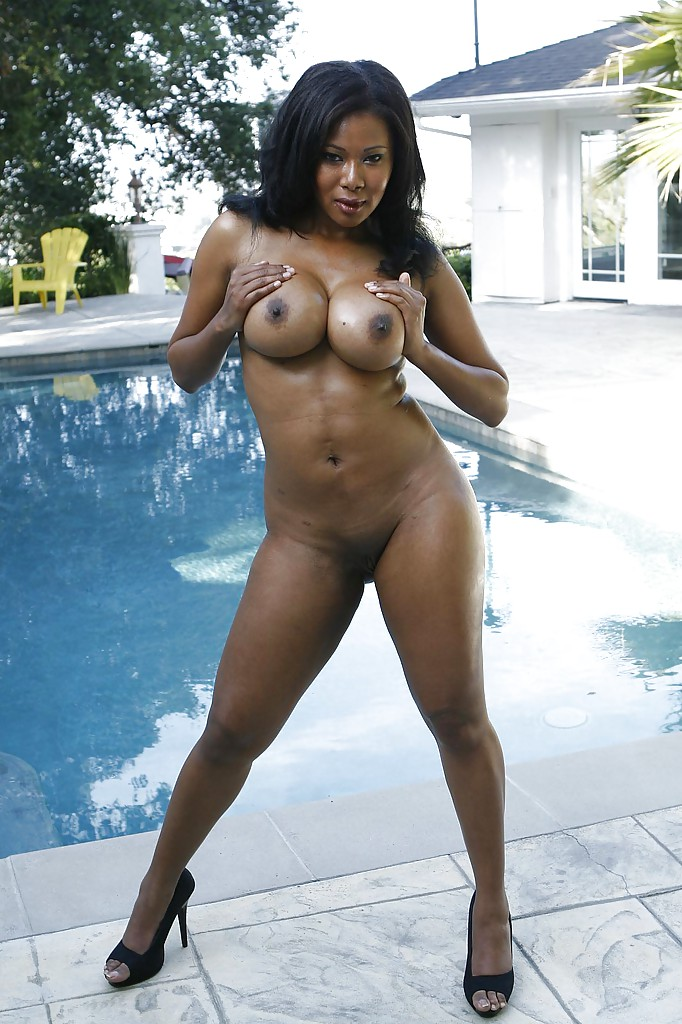 Ebony swimsuit models nude