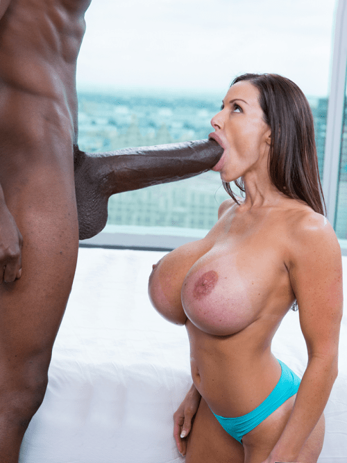Very Hot And Beautiful Girl Taking A Big Dick In Pussy